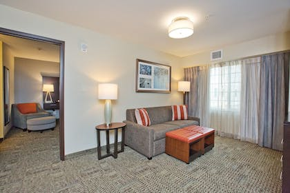 Guestroom | Staybridge Suites Austin South Interstate Hwy 35