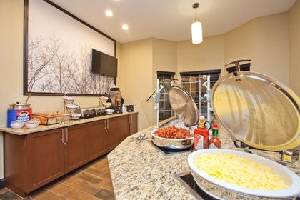Restaurant | Staybridge Suites Austin South Interstate Hwy 35
