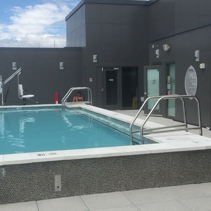 Rooftop Pool | Tellus by Executive Apartments