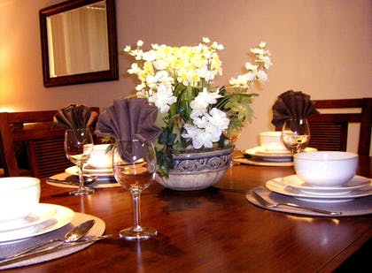 In-Room Dining   Instrata by Executive Apartments