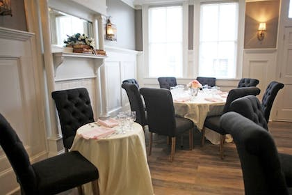 Banquet Hall | Hotel Laurance