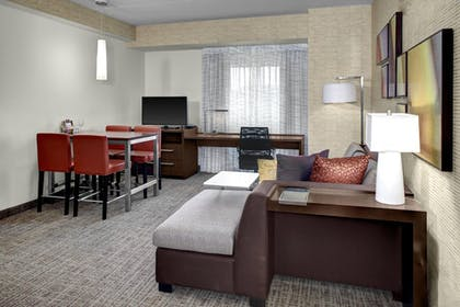 Guestroom | Residence Inn by Marriott Philadelphia Airport