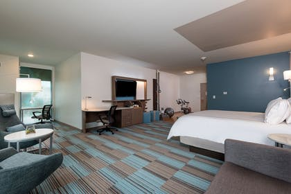 Guestroom | EVEN Hotels Omaha Downtown