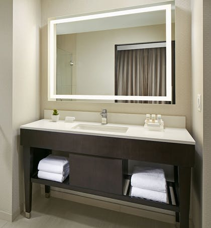| 1 King 1 Bedroom Suite Non Smoking | Homewood Suites by Hilton San Diego Downtown/Bayside
