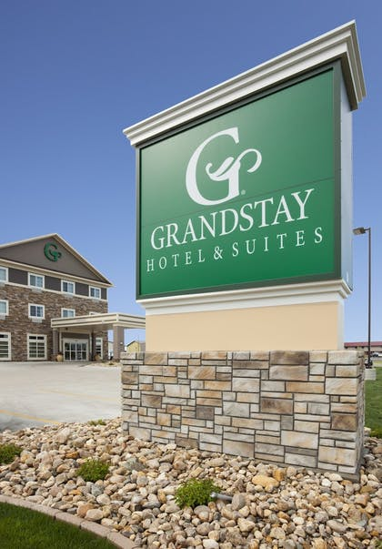 Property Grounds | GrandStay Hotel and Suites