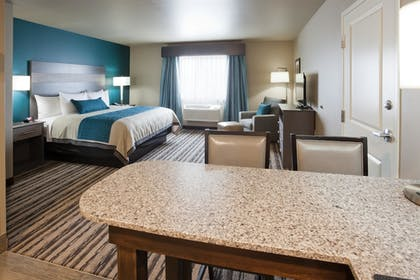 Guestroom | GrandStay Hotel and Suites