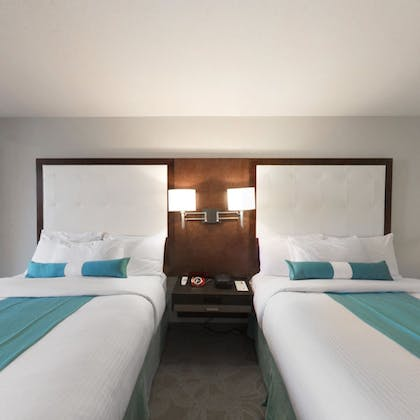 Guestroom | Aqua Blue Hotel & Conference Center