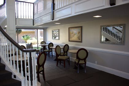 Breakfast Area | At Home Inn & Suites