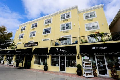 Front of Property   Hotel Rehoboth