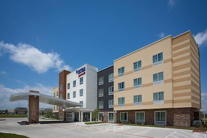 Featured Image | Fairfield Inn & Suites Dallas West/i-30