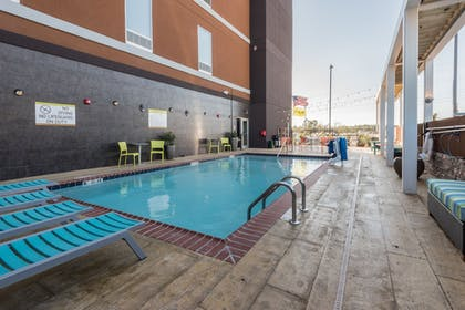 Outdoor Pool | Home2 Suites by Hilton Gulfport I-10