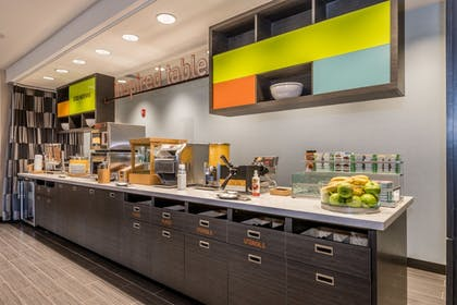Buffet | Home2 Suites by Hilton Gulfport I-10