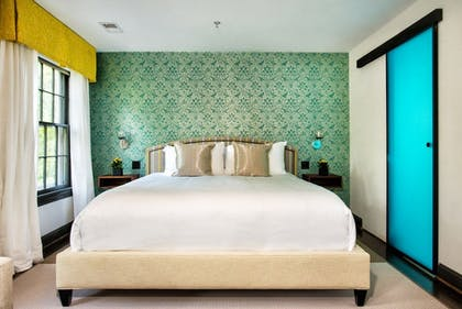 Guestroom | The Avery Georgetown