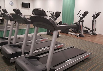 Gym | Holiday Inn Express & Suites Toledo West
