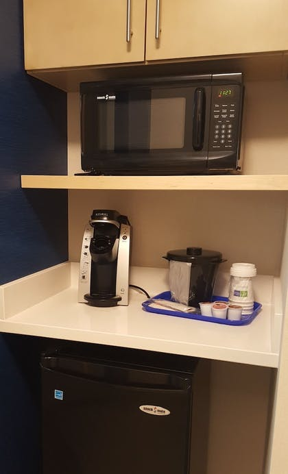 In-Room Coffee | Holiday Inn Express & Suites Toledo West