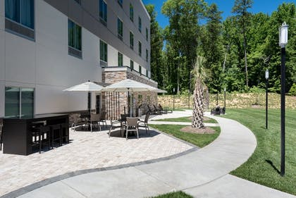 Terrace/Patio | Holiday Inn Express & Suites Charlotte Airport