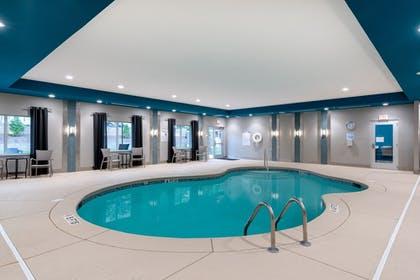 Pool | Holiday Inn Express & Suites Charlotte Airport