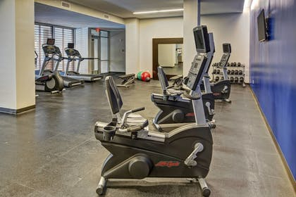 Sports Facility | Courtyard by Marriott Kansas City Downtown/Convention Center