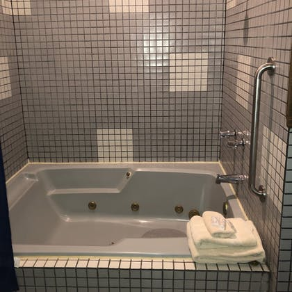 Jetted Tub | Grand Central Hotel & Spa