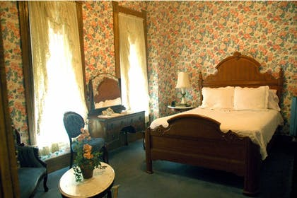 Guestroom | Grand Central Hotel & Spa