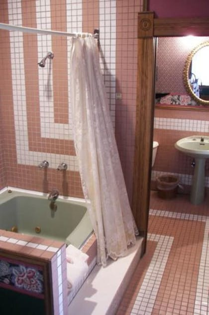 | Suite, Private Bathroom (Royal Suite 304) | Grand Central Hotel & Spa