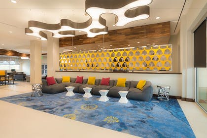 Hotel Bar   SpringHill Suites by Marriott Fort Worth Fossil Creek
