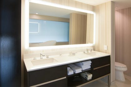 Guestroom   SpringHill Suites by Marriott Fort Worth Fossil Creek