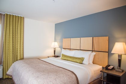 Guestroom | Candlewood Suites Denver North - Thornton