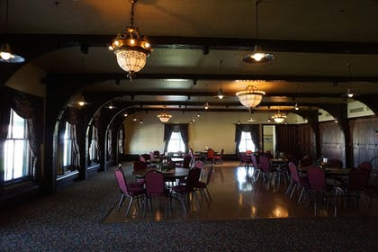 Banquet Hall | The Historic Sheridan Inn