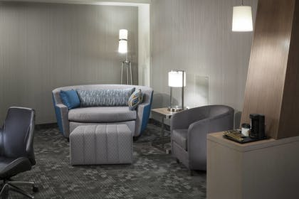 Guestroom   Courtyard by Marriott Fort Worth at Alliance Town Center