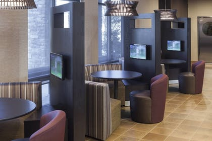 Lobby Sitting Area | Courtyard by Marriott Fort Worth at Alliance Town Center