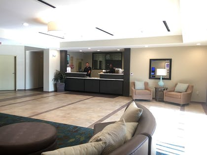 Hotel Interior | Candlewood Suites Lake Charles South