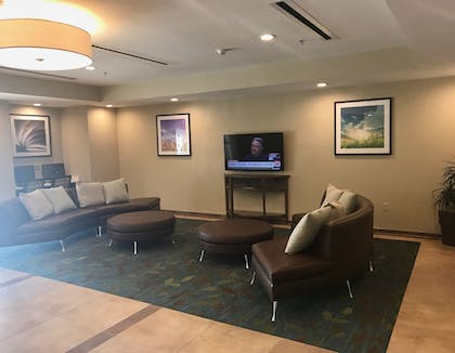 Lobby Lounge | Candlewood Suites Lake Charles South