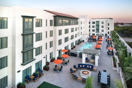 Terrace/Patio | Residence Inn Los Angeles Pasadena/Old Town