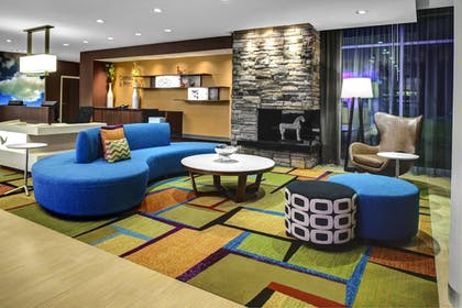 Lobby | Fairfield Inn & Suites by Marriott Douglas