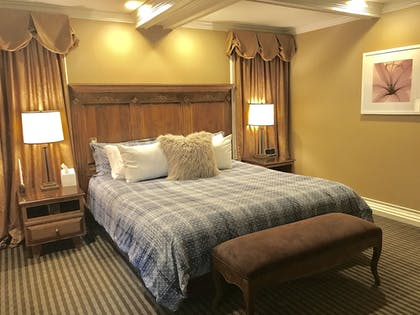 Guestroom | East Canyon Hotel and Spa  - Adults 18+ Only