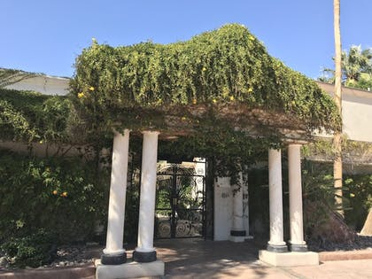 Hotel Entrance | East Canyon Hotel and Spa