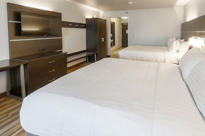 Guestroom | Holiday Inn Express and Suites Lincoln I - 80