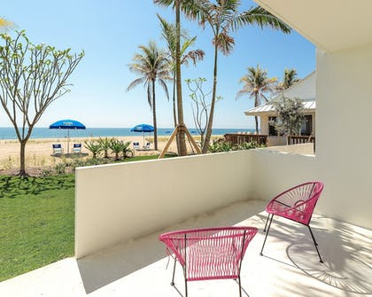 Terrace/Patio | Plunge Beach Hotel