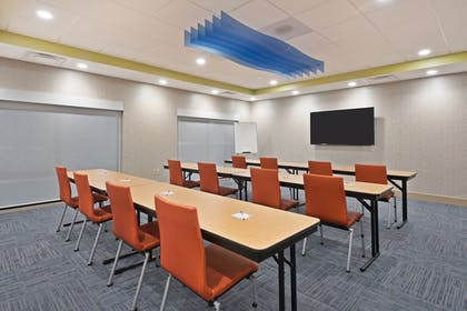 Meeting Facility | Holiday Inn Express & Suites Uniontown
