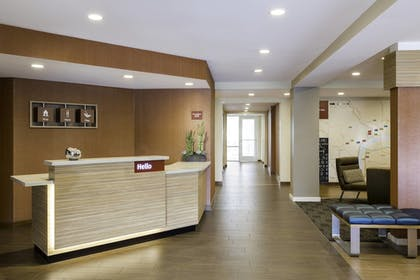 Lobby | TownePlace Suites by Marriott Pittsburgh Harmarville
