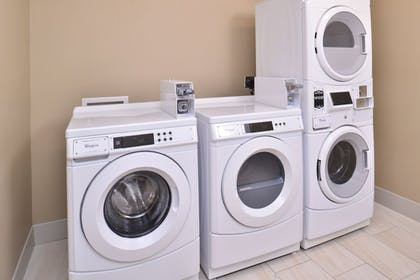 Laundry Room | Holiday Inn Express & Suites Omaha Airport