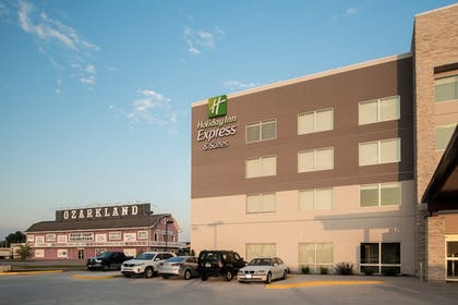 Point of Interest | Holiday Inn Express & Suites Kingdom City