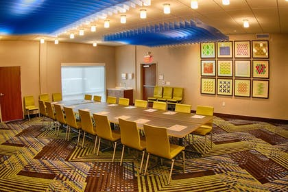 Meeting Facility | Holiday Inn Express & Suites Detroit Northwest - Livonia
