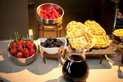 Breakfast buffet | Great Wolf Lodge Anaheim, CA