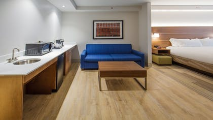 | Suite, 1 King Bed, Accessible, Non Smoking (HEARING) | Holiday Inn Express Gatlinburg Downtown