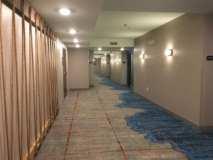 Hallway | Marina Bay Hotel & Suites, an Ascend Hotel Collection Member