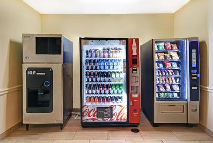Vending Machine | Galveston Inn & Suites Hotel