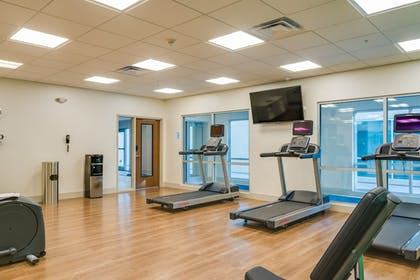 Fitness Facility | Holiday Inn Express & Suites Russellville