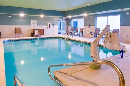 Pool | Holiday Inn Express & Suites Russellville